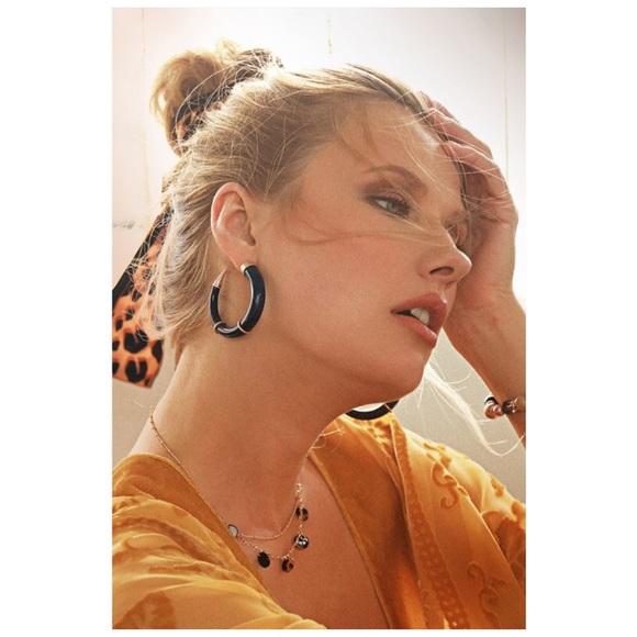 Jewelry - Natural Stone Hoop Horn Earrings in Black Gold